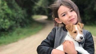 Capucine et son chien - Crédit Priscilla Giboteau et Jeremie Coutaud