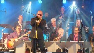 2017-07-21-LS-Beach-band-des-Sables-invite-Stephane-Belmondo